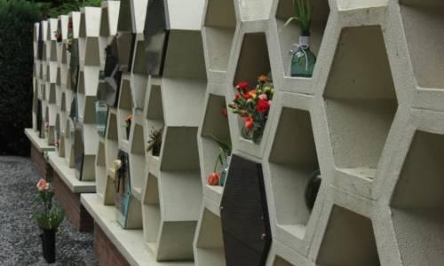 columbarium-urnenmuur