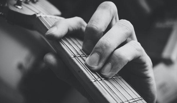 Suaze-Tijdens-de-uitvaart-uitvaartmuziek
